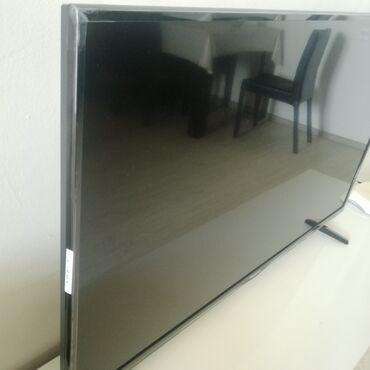102 - Azərbaycan: Hisense smart tv, 102 ekran. 1 aydir alinib. Yenidir