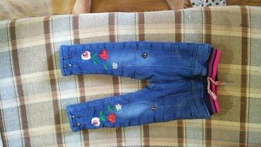 Теплые джинсы на девочку 2-3 годика. зависит от ребенка в Бишкек
