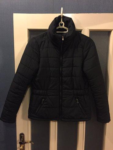 Bakı şəhərində легкая, но очень теплая куртка, Vero Moda. одевала один сезон. притале