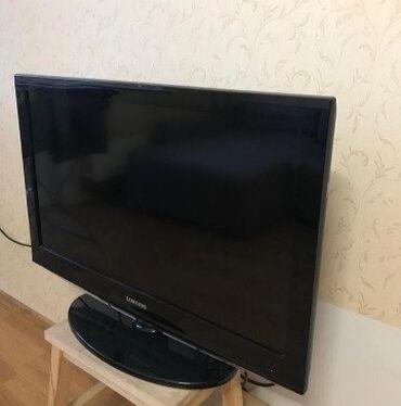 ТВ и видео - Кыргызстан: В связи с выездом!Продаю телевизор Самсунг,диагональ 40 дюймов(102 см)