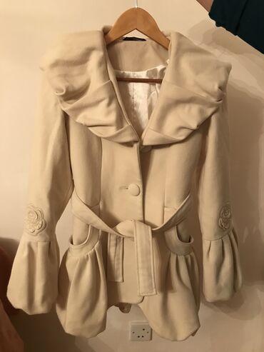 Kaşmir palto naturalni. 2-3 defe giynilib. Razmer 36. Heç bir defekti