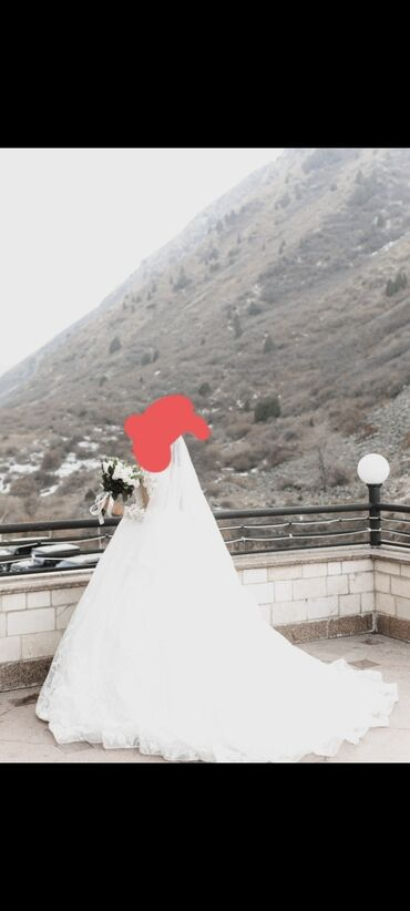Свадебные платья и аксессуары - Кыргызстан: Продаю свадебное платье, носился только раз, до этого никто не носил