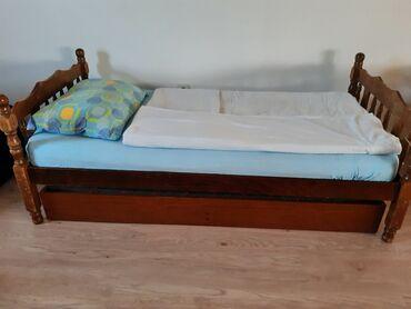 Kreveti - Srbija: Krevet sa dusekom, i kutijom na izvlacenje sa tockicima (za jos jednu
