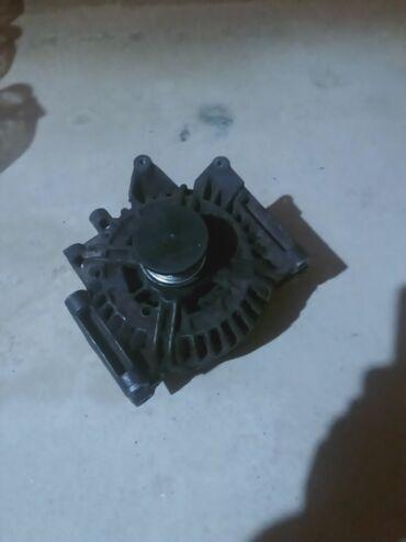 Генератор bosh на Мерседес w211 cdi 2,2 delf 180 amp, щётка надо