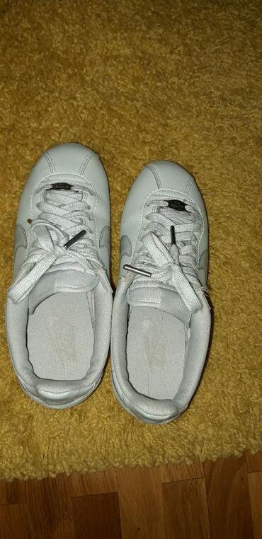 Nike aorginal patike br.37kao nove