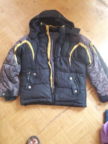 Куртка на мальчика зимняя, очень теплая, фабричная. От10 до 12 лет