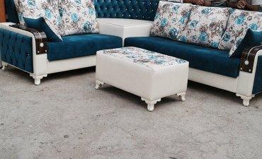Bakı şəhərində Firuzeyı renglı İnteryer künc divanı künc hıssesı taxdadan bel