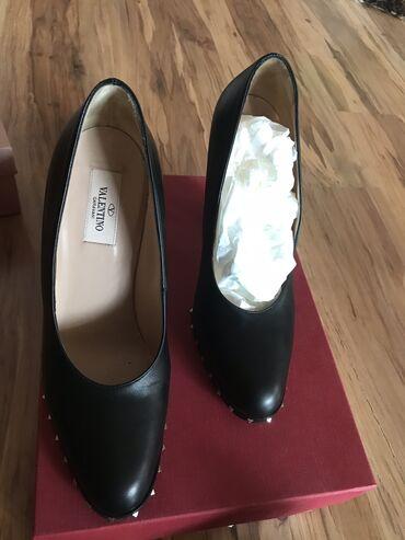 Туфли «Valentino» оригинал носила 1 раз размер 39