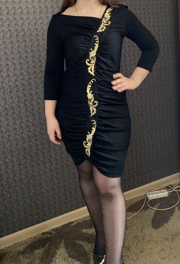 Дизайнерское платье с драпировкой