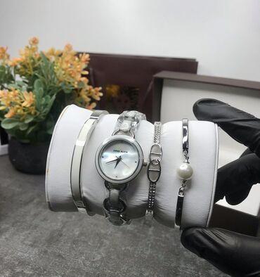 10673 объявлений | АКСЕССУАРЫ: ANNE KLEiNДизайнер женских часовКак никто понимает в моде и аксессуар