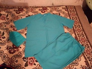 Женская одежда - Кок-Ой: Медицинский халат новая очень хороший ткань размер 48