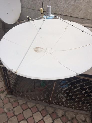 Продаю спутниковую тарелку с двумя головками