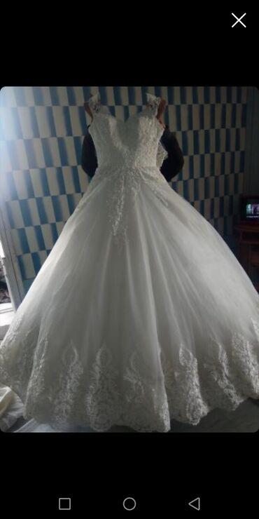 Продаю свадебные платья Турецкого производство