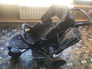 Коляски - Кыргызстан: Продаю коляску в хорошем состоянии двухместное второе сиденье