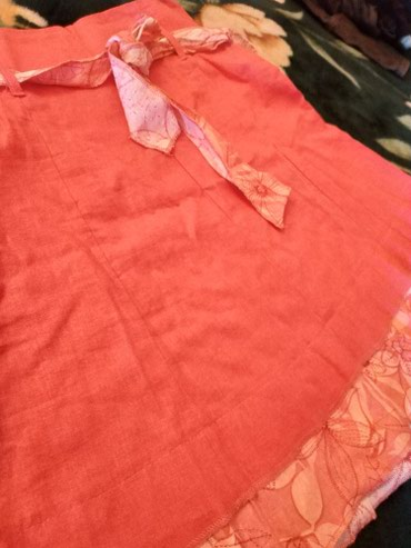 Suknja nova, vel.14,lanena Nova ,kajsija boja.Elegantna i, moderna. - Pancevo