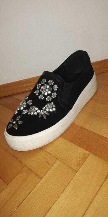Bez cipele - Srbija: Baletanke sa cirkonima br.38Prelepe cipelice sa cirkonima, polovne i