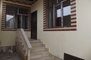 Bakı şəhərində Bineqedi qesebesinde 4 otaqli;ev n133-170=nomreli marwurutun yolunun