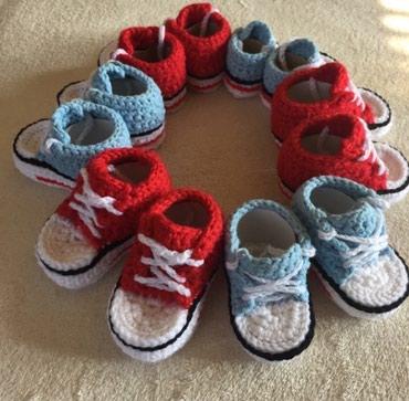 Starkice za bebe od vunice crvene i plave,rade se u 3 velicine,duzina - Vrsac
