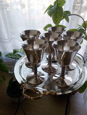 Srebrne čaše za vinoPrelepe čaše koje su dekoracija svakog stola a i