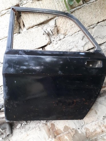 газ баллон в Азербайджан: Qaz2410 ucun qapi 70 azn