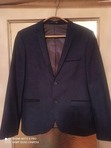 Продаю турецкий пиджак приталенный. Очень хорошего качества носил за