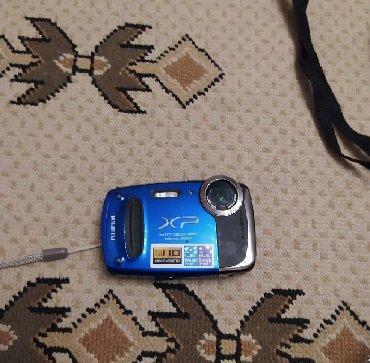 видеокамера в Азербайджан: Fotoaparat Finepix xpo50 modeli. 14mega pixels.cox gozel aydin cekir