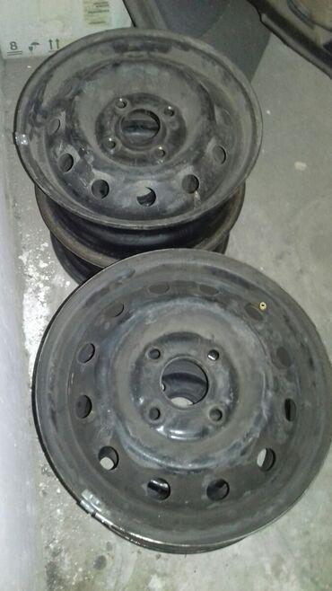 диски 4 100 14 в Кыргызстан: Продаю родные диски от хонда торнео подойдут многим машинам. Размер 14
