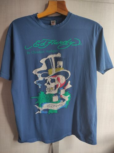 принт на футболку бишкек in Кыргызстан | ТОПЫ И РУБАШКИ: Продаю оригинальную футболку ed hardy, высококачественный принт и