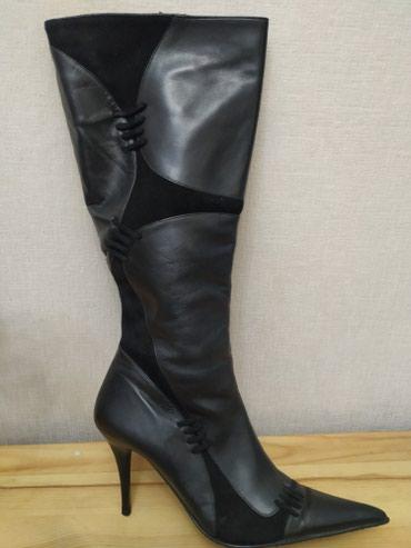 Продаю кожаные сапоги. Деми. качество супер. размер не подошел. р.39 в Бишкек