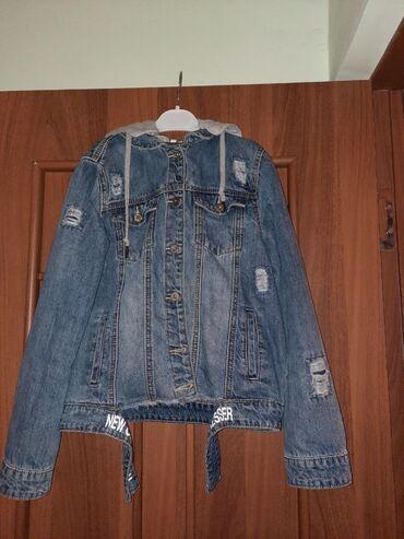 Детская одежда и обувь - Кыргызстан: Продаю джинсовую куртку на девочку от 9-12. Хорошое состояние