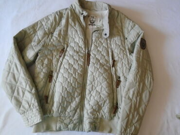 Muška jakna Ringspun, mekana, sa dosta džepova, nošena ali može još da