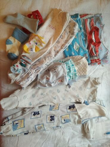 Вещи для новорожденных. Для мальчика все в хорошем состоянии.нет ни