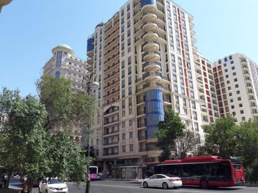 sovremennye divany в Азербайджан: Продается квартира: 3 комнаты, 164 кв. м
