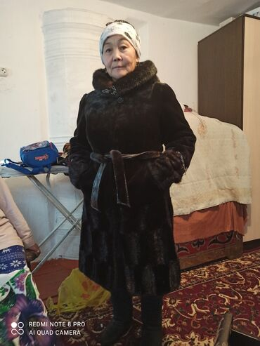 продам патефон в Кыргызстан: Продам шубу