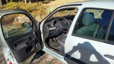 Renault | Topola: Renault Clio 1.5 l. 2003 | 146000 km