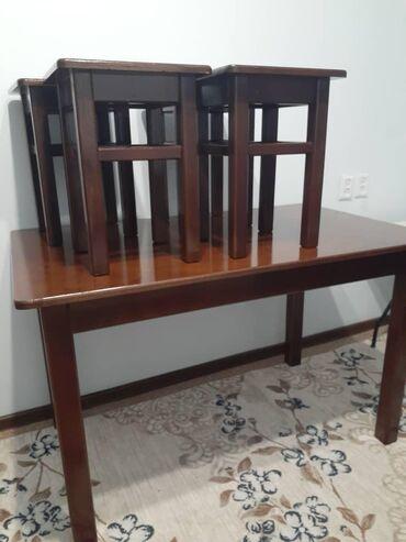 кухонный стол стулья в Кыргызстан: Продаю кухонный стол со стульями (4шт ) (Дерево ) размер 120см на