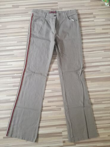Prelepe nove pantalone,velicina XL. Prepune elastina