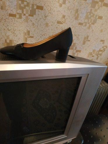 Туфли новые на каблуке высоком и туфли в Bakı
