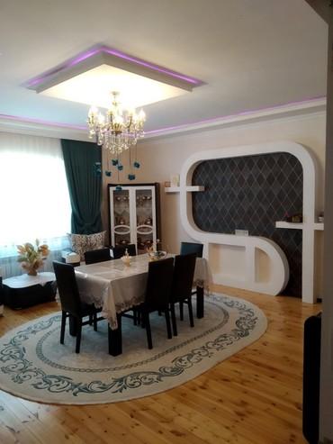 Bakı şəhərində Satış Evlər : 125 kv. m., 5 otaqlı