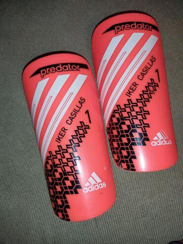 спортивны в Кыргызстан: Продаю футбольные щитки Adidas predator Iker Casillas. Новые,ни разу