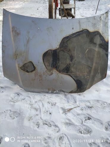 краска для металла бишкек в Кыргызстан: Капот Хонда сервы-1 краска кылыш керек