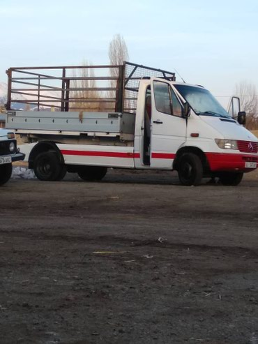 Продаю  Mercedes Benz   пол прицеп  Чон Орукту   в Жаркынбаев