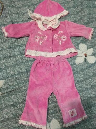 Детский костюм. Б/У но в отличном состоянии. На 3-6 месяцев