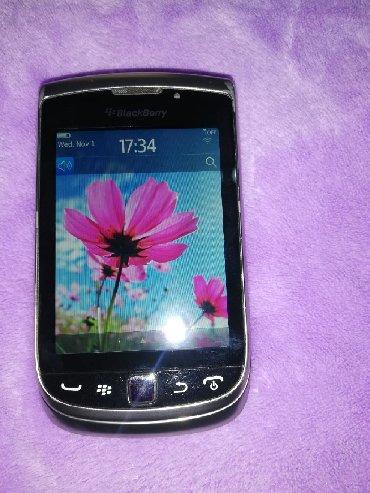 Blackberry | Srbija: Blackbery lepo ocuvan ispravno je sve i sim freje sve sem jednog pina