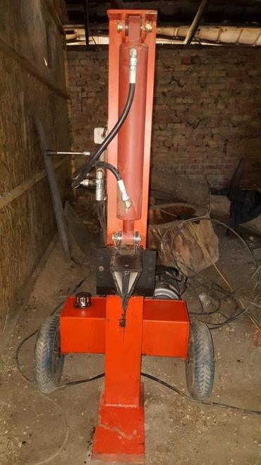 Гидравлическая машина для резки древесины из Ю.Корейи.СРОЧНО!!!! в Бишкек