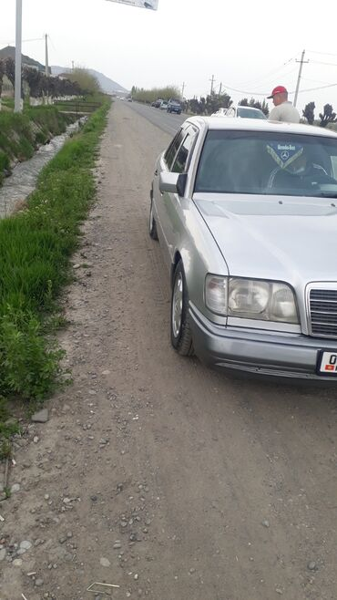 Mercedes-Benz E 220 2.2 л. 1995   313315 км