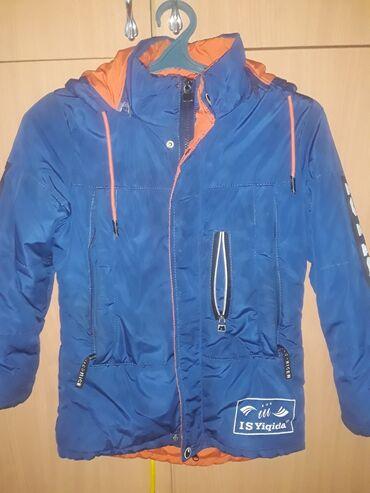Куртка для мальчика деми сезоная.В хорошем состоянии.Примерно на 6.7