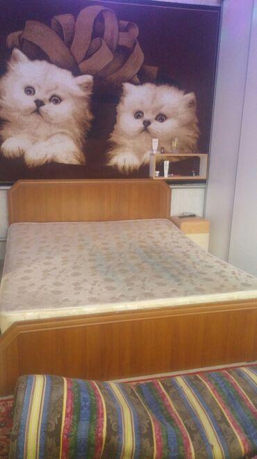 Двуспальная Кровать 195 * 160 * 45 *