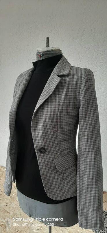 Женская одежда - Кашка-Суу: Стильный и удобный пиджак. В отличном состоянии!