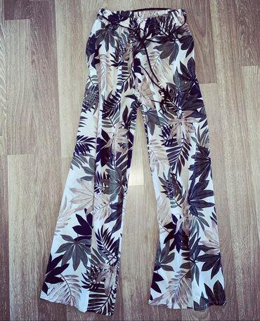 Pantalonice s - Srbija: Letnje pantalonice siroke sa cvetnim dezenom  Pantalonice gore na vrhu